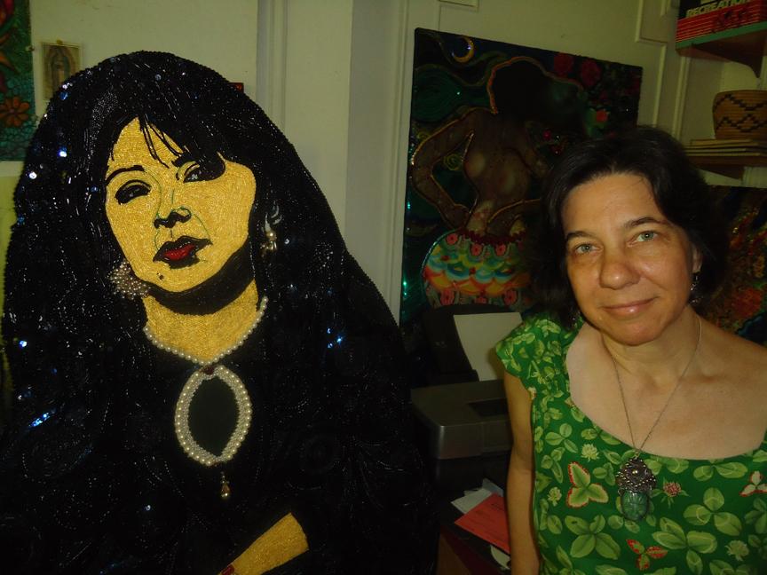 Quimetta with Mona Lisa in the Studio